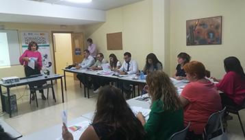 Charla informativa sobre Formación Profesional para el Empleo realizada en Illescas (Toledo)