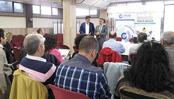 Charla informativa sobre Formación Profesional para el Empleo realizada en Azuqueca de Henares (Guadalajara)