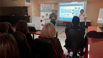 Charla informativa sobre Formación Profesional para el Empleo realizada en Alcázar de San Juan (Ciudad Real)