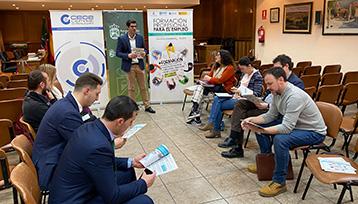Charla informativa sobre Formación Profesional para el Empleo realizada en Alovera (Guadalajara)