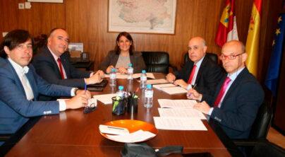 El Gobierno regional estudiará la creación de una red de áreas de descanso seguras y vigiladas para los transportistas en Castilla-La Mancha a petición de FETCAM