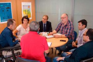 La Federación del Taxi y CERMI CLM colaborarán para la mayor implantación del taxi adaptado en la región
