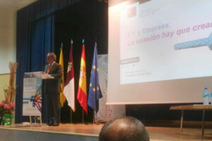 El Presidente de CECAM, Ángel Nicolás, destaca la necesaria vinculación entre Formación Profesional y Empresa