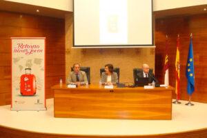 El Presidente de CECAM, Ángel Nicolás, destaca la apuesta de las empresas por los jóvenes de la región