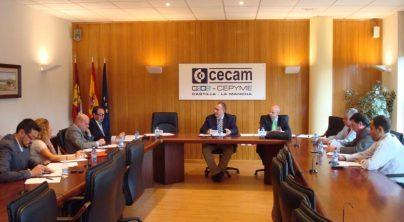 FETCAM reclama una bajada de precios del combustible y seguridad en el ejercicio de la actividad diaria