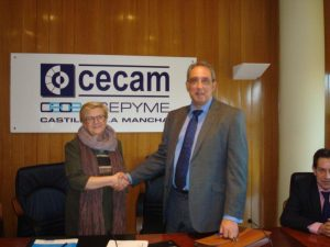 Lee más sobre el artículo La Federación regional de automoción firma un convenio con SGS